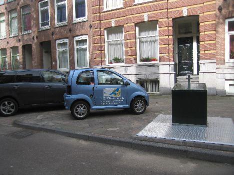 mini%20car%20in%20Amsterdam.jpg